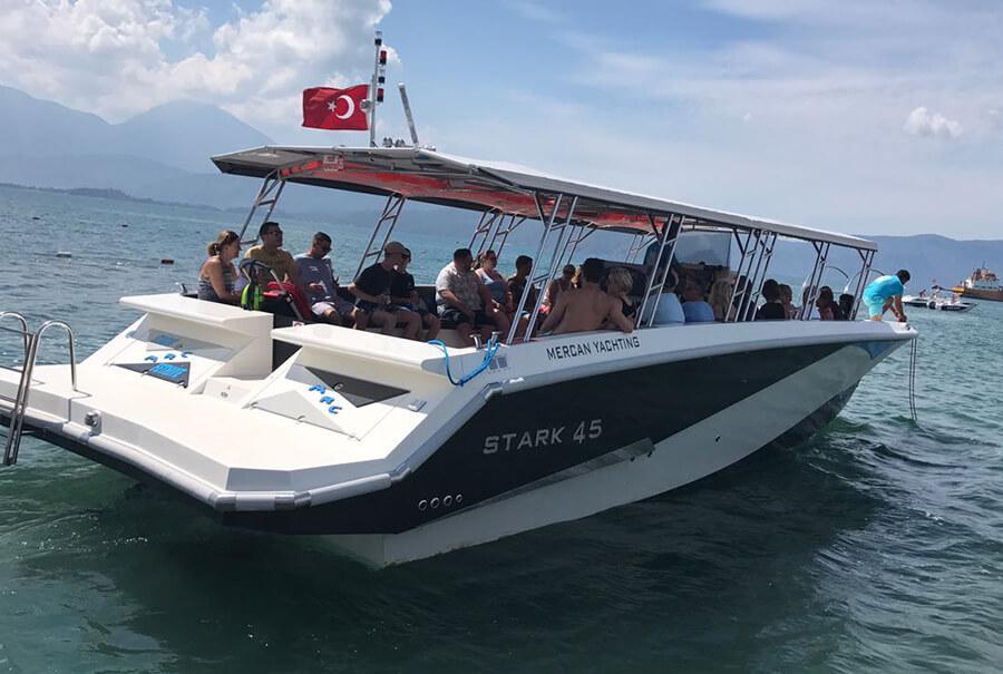 grp-boat
